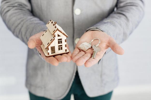 Les conseillers immobiliers vous fournissent des conseils les plus adéquats